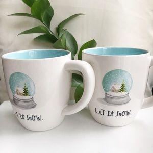 NWT 2 Rae Dunn Christmas Mugs